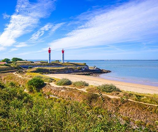 Leuchttürme am Strand von Charente-Maritime